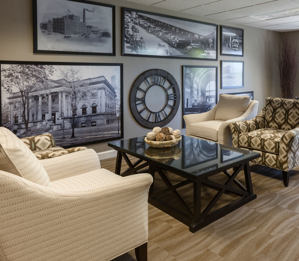 Towne House Interior Lounge