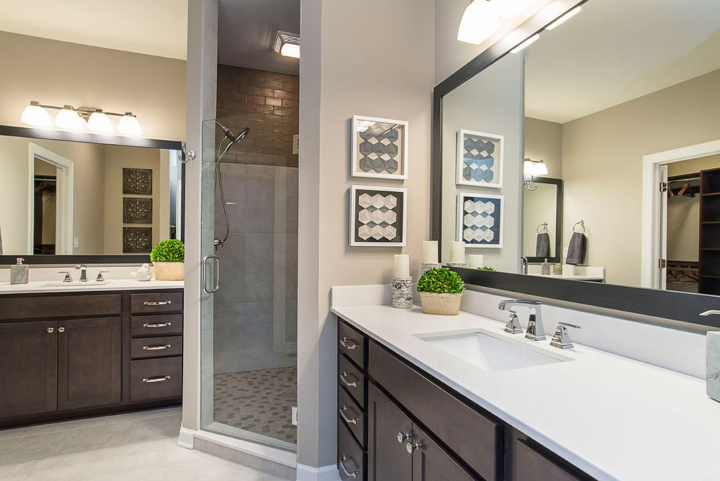 Oaks Master Bathroom