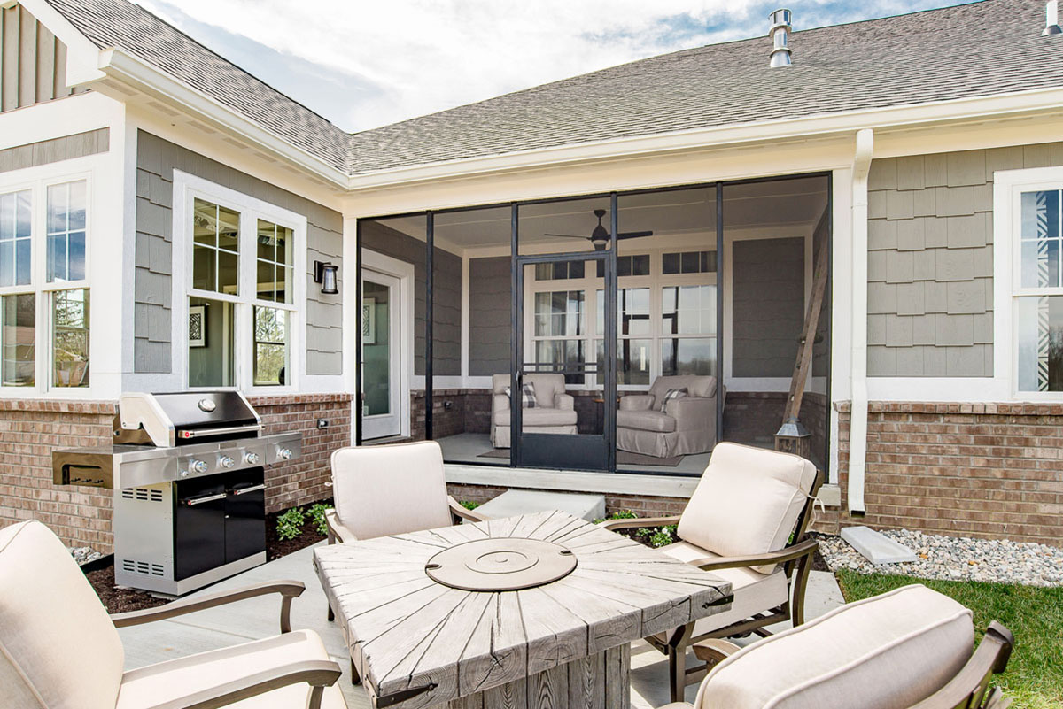 Oaks back patio